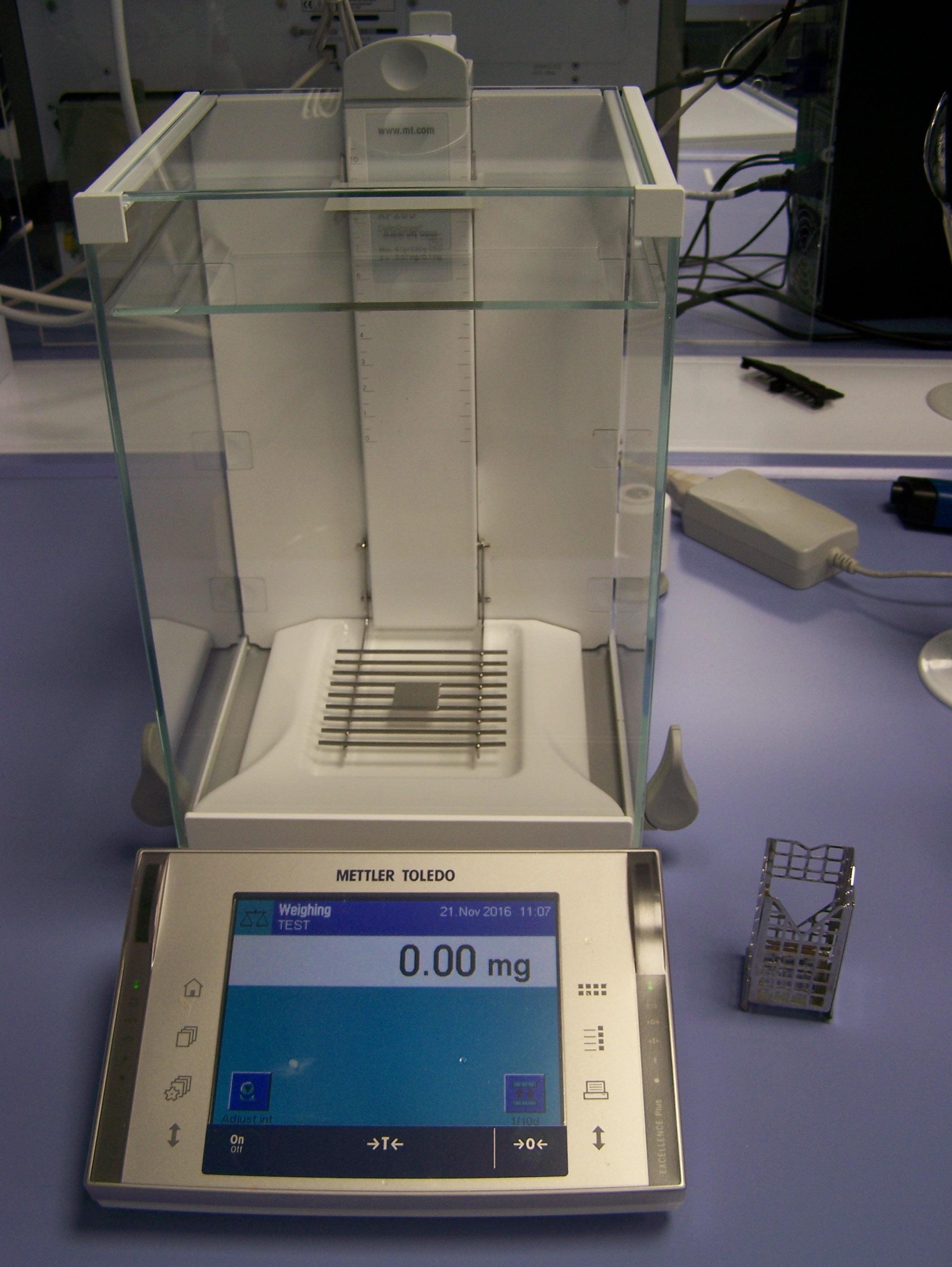 lab-cards/utilization-of-balances/img/XPE205DR.jpg